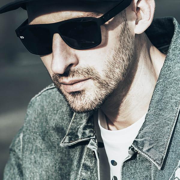gloryfy-world-of-gloryfy-celebrities-DJ-Crum