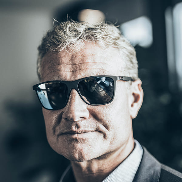 gloryfy-world-of-gloryfy-celebrities-David-Coulthard